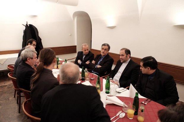 مذاکره خودروسازان ایرانی و چک برای تولید مشترک