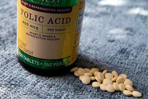 فواید مصرف اسید فولیک در بارداری و سنین باروری زنان