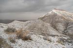 بارش برف در ارتفاعات البرز/ احتمال ریزش کوه در جاده چالوس