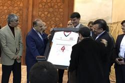 جامعه ورزش در حرم امام خمینی(ره)