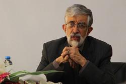 رئيس مجمع اللغة الفارسية وآدابها : أفكار الشهيد مطهري لا تزال حاضرة بيننا بقوة