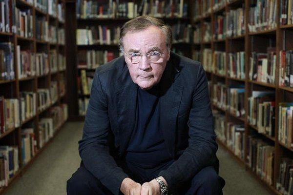 جیمز پترسون پرمخاطبترین نویسنده کتابخانههای بریتانیا شد