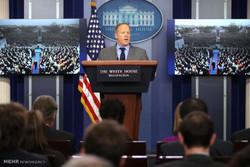 سخنگوی کاخ سفید از سمت خود استعفا داد