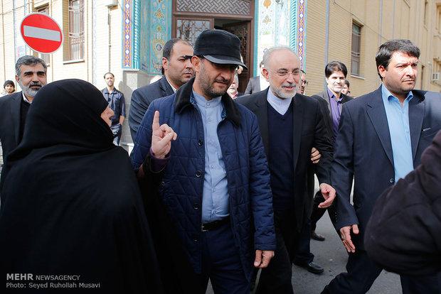 دیدار علی اکبر صالحی رئیس سازمان انرژی اتمی با علما و مراجع قم