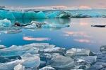 دردسر جیمز باند برای ایسلند/ طبیعت فدای گردشگری نمیشود
