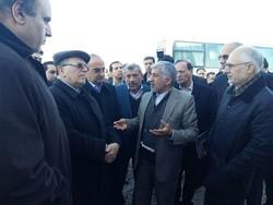 شعارهای مردم درباره بیکاری درجریان سفررئیس بانک مرکزی به کرمانشاه