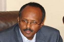 الرئيس الصومالي الجديد يؤدي اليمين الدستورية