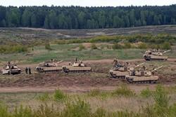 الدبابات الأميركيّة على الحدود الروسيّة