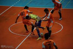 سعید نجاریان: انتقال امتیاز تیمهای فوتسال دستوری است