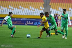 فوتبال ایران نه هدف دارد نه برنامه/ همه به کسب سهمیه راضی هستند!