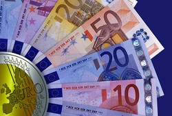 Euro replacing dollar in Iran's banking transactions