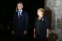 """رئيسا الأرجنتين وتشيلي ينددان بسياسة """"كراهية الأجانب"""""""