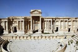 Yukarıdan çekilen Palmira Kalesi görüntüleri