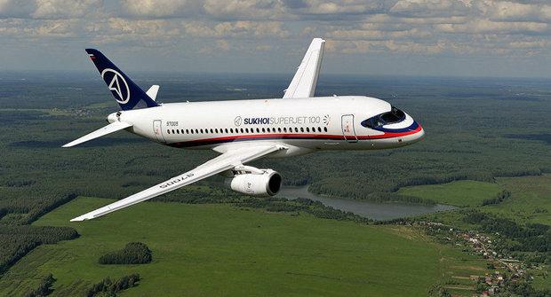Sukhoi fixes SSJ100 bugs for Iran