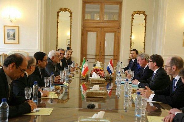 Zarif Lüksemburg Dışişleri Bakanı'yla görüştü