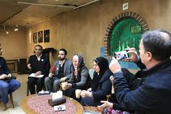 انجمن «مادران سربرنیتسا» با مادران شهدای ایران دیدار کردند