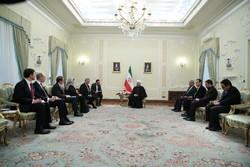 Ruhani Lüksemburg Dışişleri Bakanı'yla görüştü
