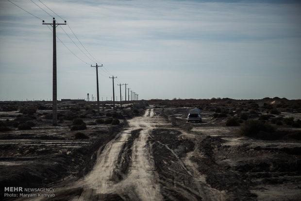 وضعیت جاده اطراف روستای تپه کنیز