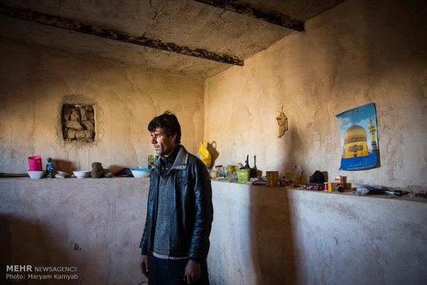 اهالی روستای آزادی که اغلب بیکار هستند