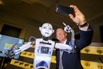 فیلم/ نمایشگاه ۵۰۰ سال تاریخ روبات ها در لندن