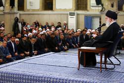 People of East Azerbaijan province met with Leader