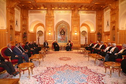 Iran, Oman resolved to strengthen ties further