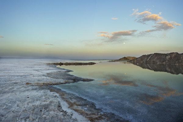 حرکت لاک پشتی تکمیل پروژه دریاچه نمک قم/ طرح باید به نفع قم باشد