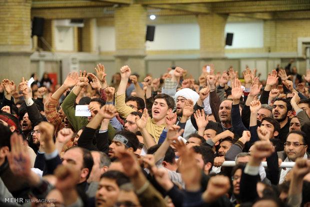 İnkılap Rehberi'nin Doğu Azerbaycan halkıyla görüşmesinden kareler