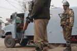 کشمیر میں پولیس ٹرک پر علیحدگی پسندوں کے حملے میں 6 اہلکار ہلاک