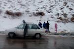 برف در چهارمحال وبختیاری/ راه های روستایی در حال مسدود شدن است
