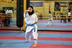 النساء الايرانيات يفزن ببطولة الكاراتية الدولية