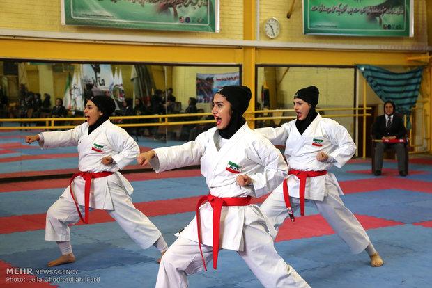 سوپر لیگ کاراته بانوان