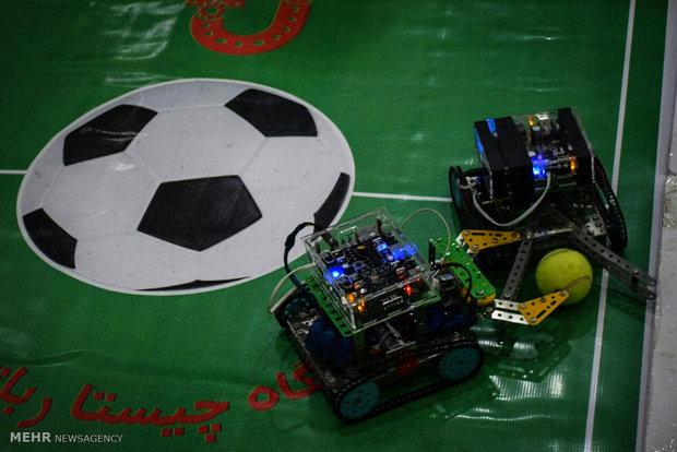 رویداد ورزشی ربات ها برگزار می شود