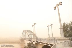 گرد و غبار پروازهای فرودگاه اهواز را با مشکل مواجه کرد