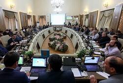 دولت به کلانشهرها توجه نمی کند/اقدام برای کاهش اختیارات شوراها