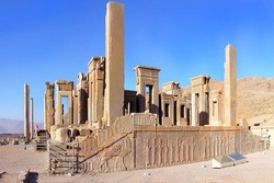 Persepolis unscathed by flooding