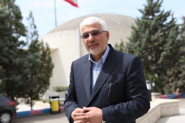 زارعان: الروس يباشرون ببناء محطتين نوويتين في بوشهر