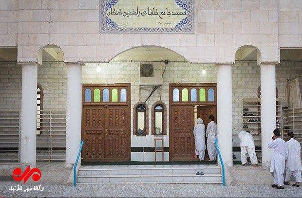 اهل السنة لديهم 9 مساجد في طهران واكثر من 15 الف مسجد في ايران