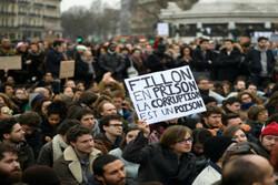 تظاهرات فرانسوی ها در اعتراض به فساد سیاستمداران