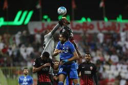 تعادل فريق استقلال طهران والأهلي الاماراتي 1-1