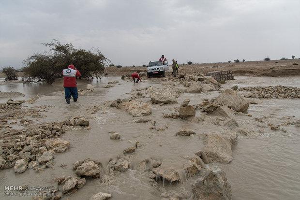 تامین امکانات هلال احمر برای یافتن مفقودین طغیان دریا در بوشهر