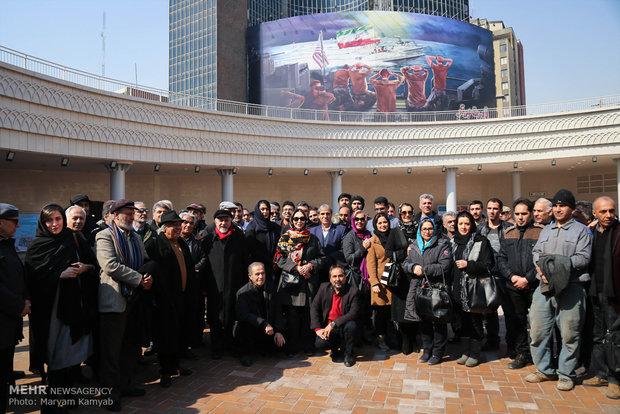 بازدید هنرمندان از پروژه میدان ولیعصر