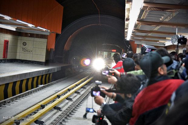آیین بهره برداری از خط دو قطار شهری مشهد
