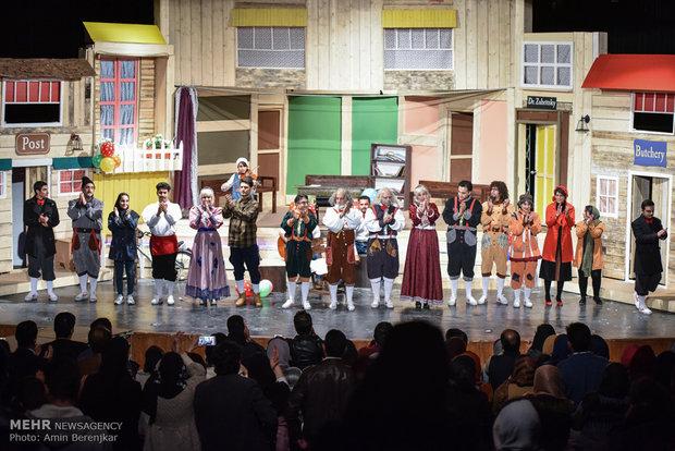 اجرای نمایش کلهپوک ها در شیراز