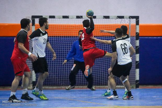 تیم هندبال قم از دور مسابقات جوانان کشور کنار رفت