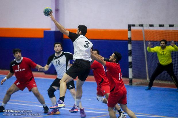 مسابقات هندبال نیروی زمینی تهران و نفت و گاز گچساران