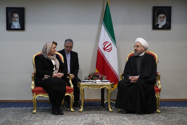 Iran to stand by Syrian people