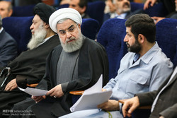 Pres. Rouhani attends workshop on dust pollution