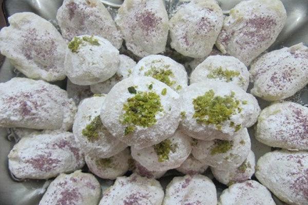 ناچار به تامین شکر مورد نیاز کارگاههای شیرینیسازی یزد هستیم