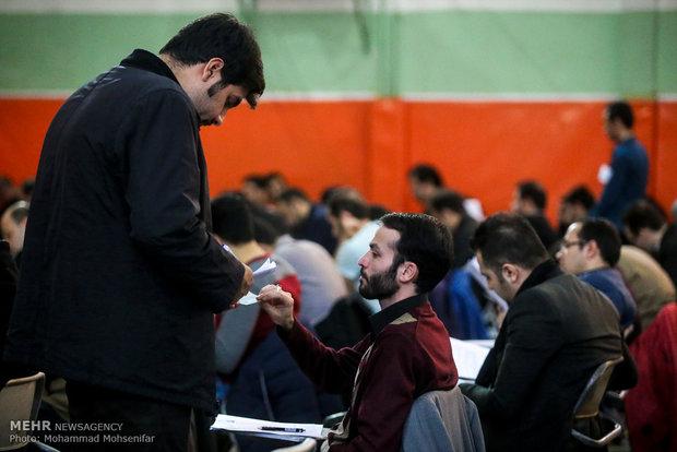 بازدید وزیر علوم از حوزه امتحانی آزمون دکتری